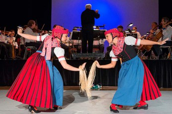 Sorbisches National-Ensemble Moja Reja Tanz Freude Boulevard Theater Folklore